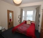 60c-bedroom.jpg